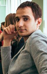 Роман - преподаватель французского и английского по скайпу